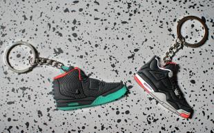 sneaker-key-chain
