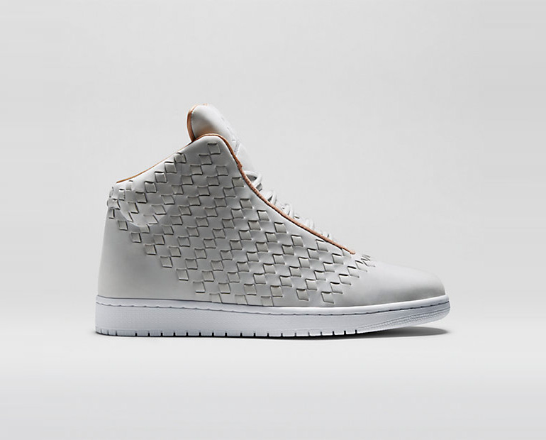 jordan-shine-pure-platinum