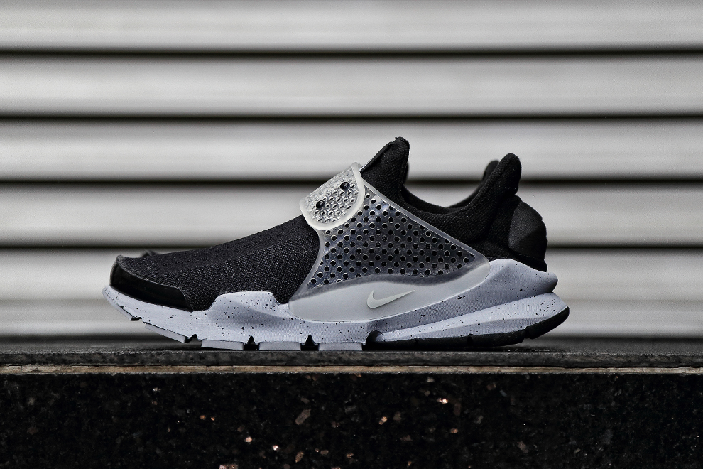 fragment-sock-dart-black