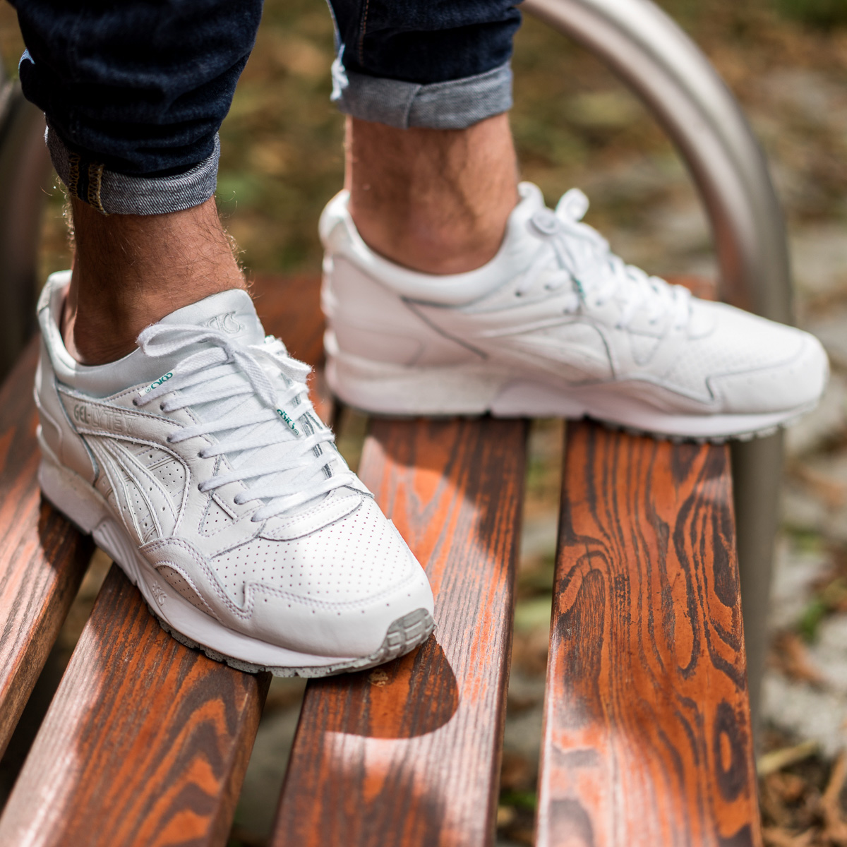 asics gel lyte 5 triple white