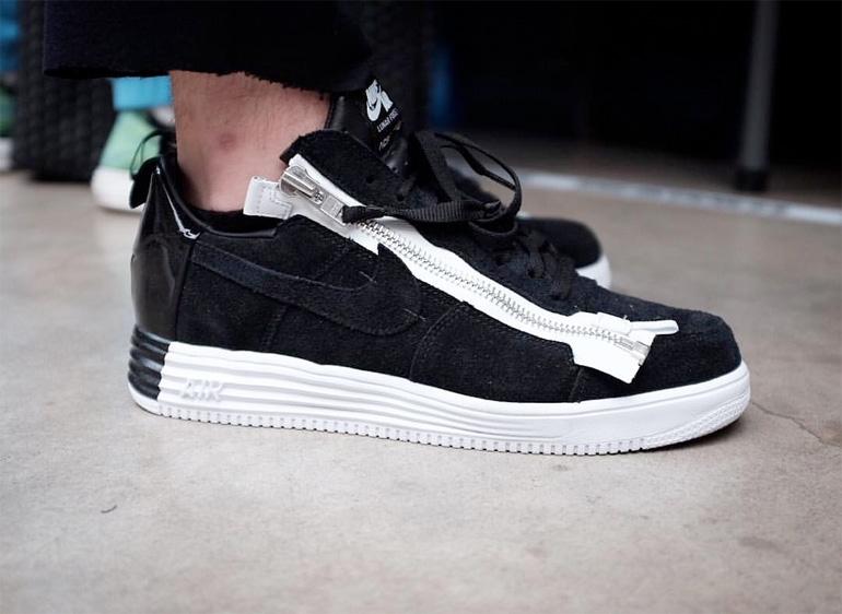 9423bcb44ea3 ACRONYM x Nike Lunar Force 1 – Black