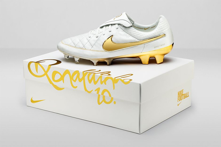 nike-tiempo-touch-of-gold