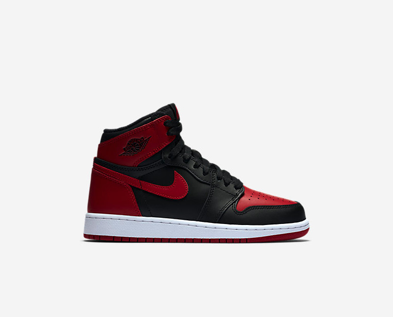 nike-air-jordan-1-banned-GS