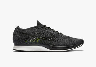 nikelab-flyknit-racer-black-out