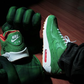 hulk loves sneakers...