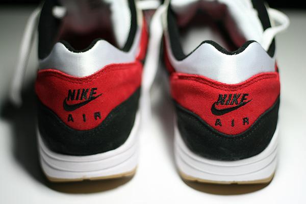 nike air max heel