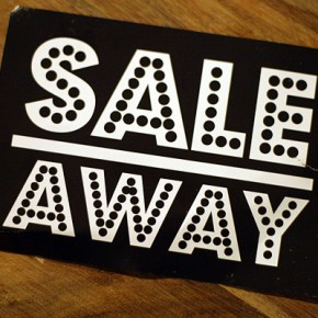 SALE AWAY Lagerverkauf im Showroom of Love...