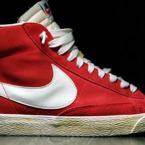 Nike Red Blazer Hi Vintage - crimson/sail