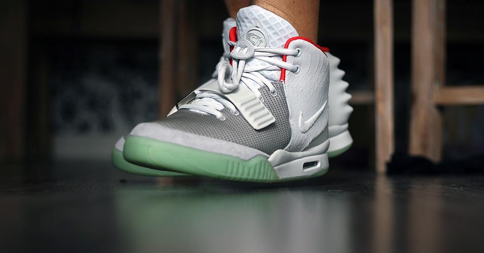 "Afbeeldingsresultaat voor Nike Air Yeezy 2 ""Wolf Grey"""