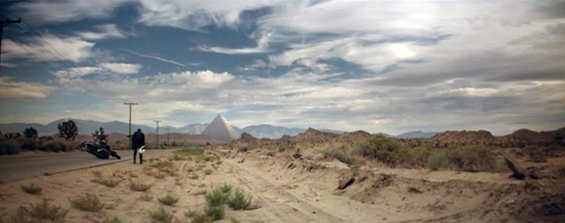 Frank Ocean – Pyramids Video | sneakerb0b