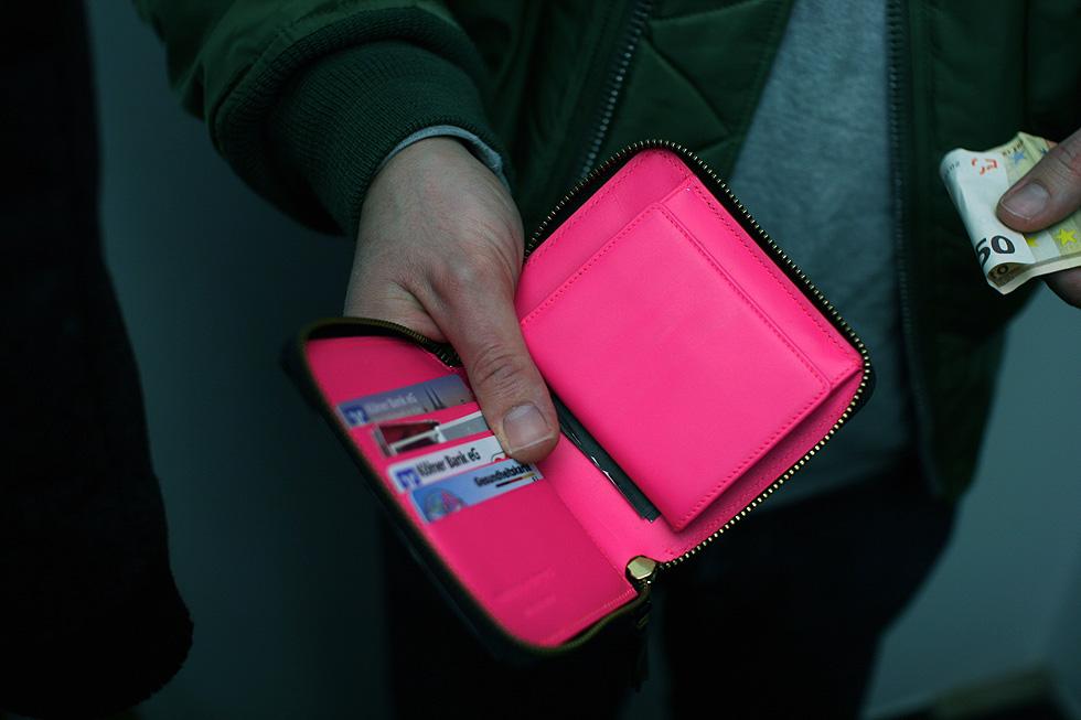 pink-briefcase