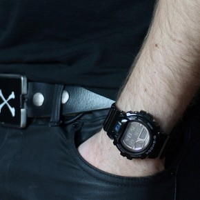 Casio G-SHOCK GB-6900AA - Bluetooth Smartwatch