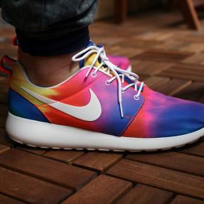 Nike Roshe Run Damen Weiß Angezogen