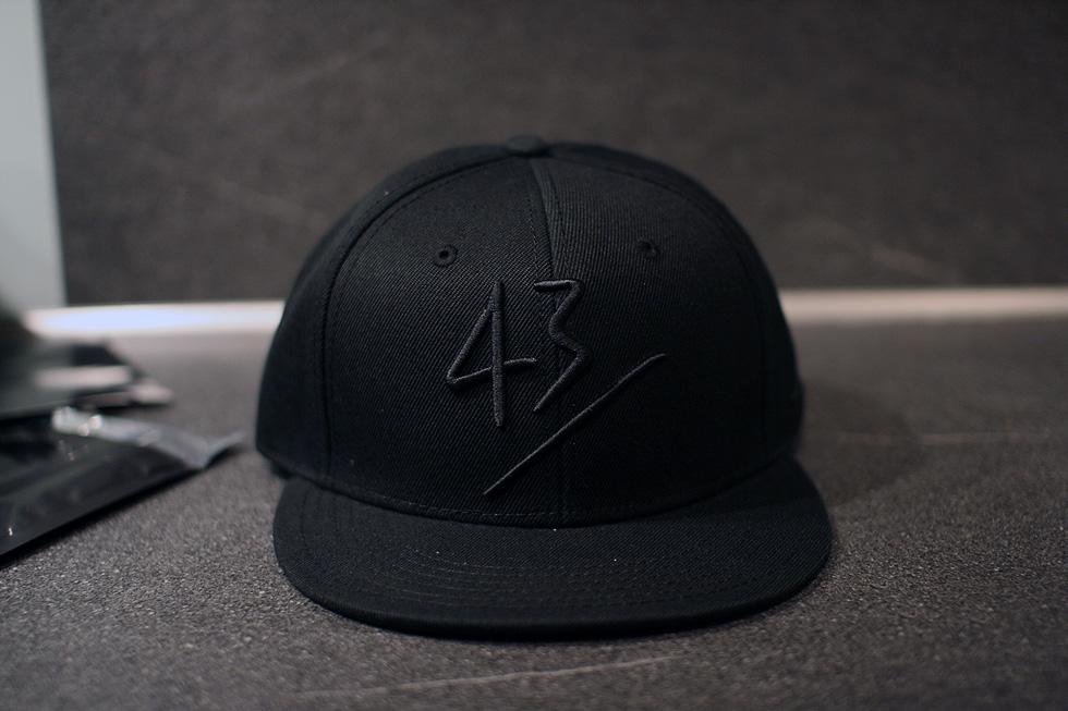 black-43einhalb-cap
