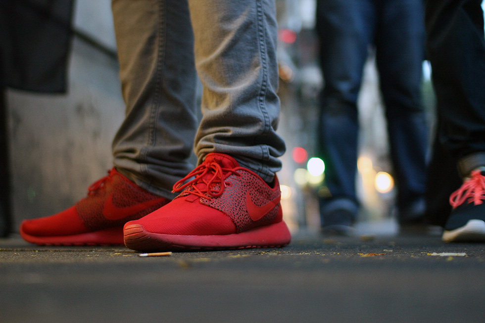 red-safari-roshe-run