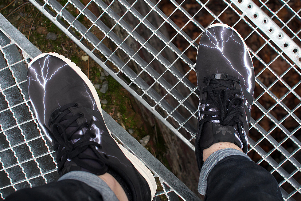 black-elements-zx-flux