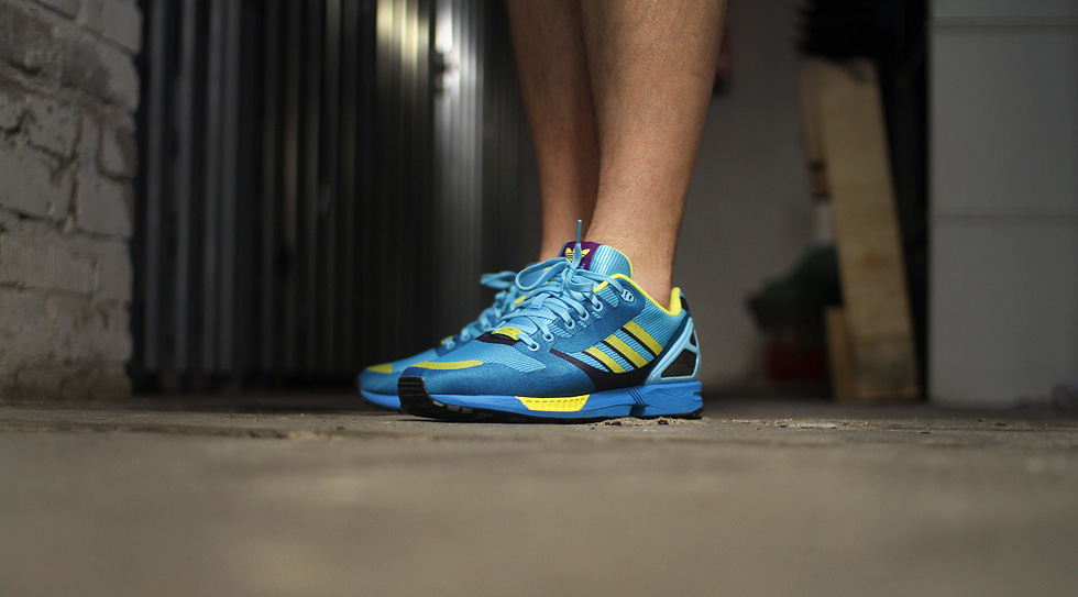 sneakershot-zx-flux