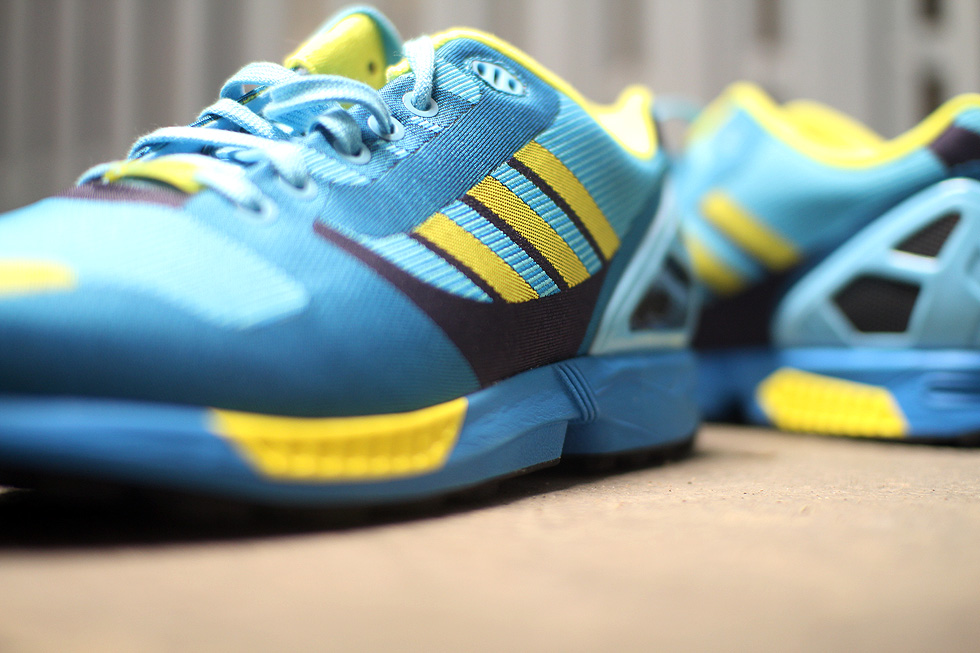 yellow-blue-adidas