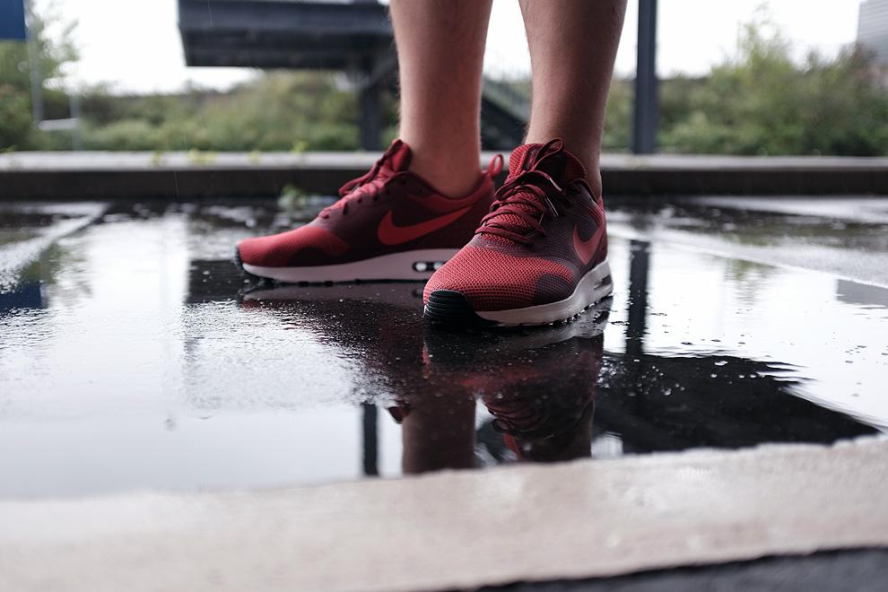 sneaker-pfuetze