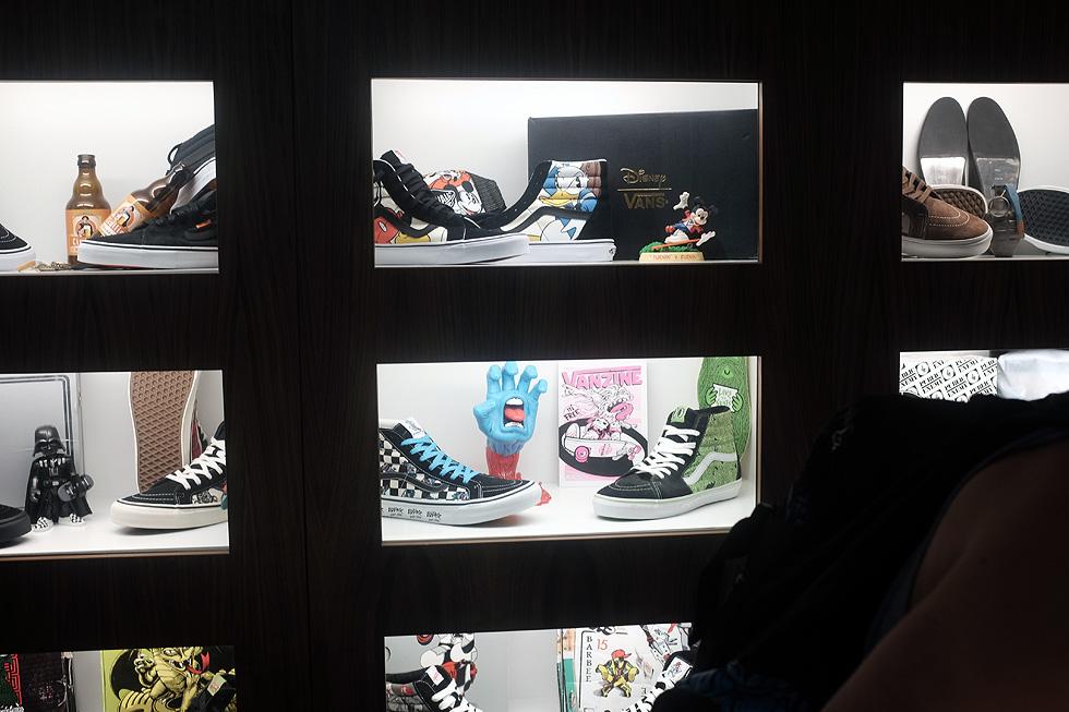 vans-sk8-hi-exhibition