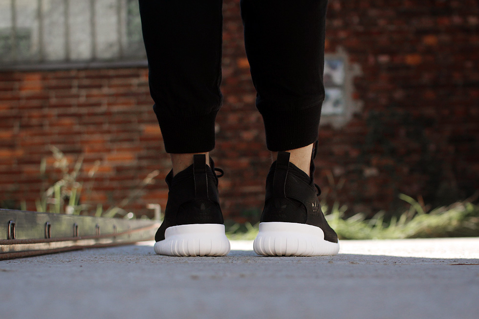 adidas-tubular-x-on-feet