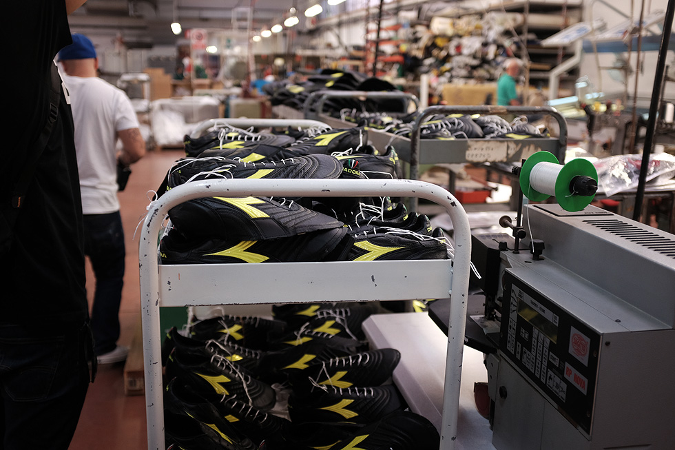 italy-shoe-factory