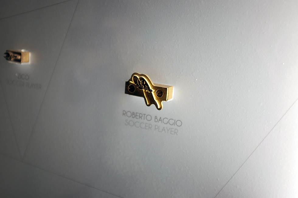 roberto-baggio-signing