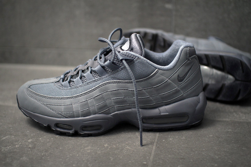 Nike Air Max 95 iD – All Grey