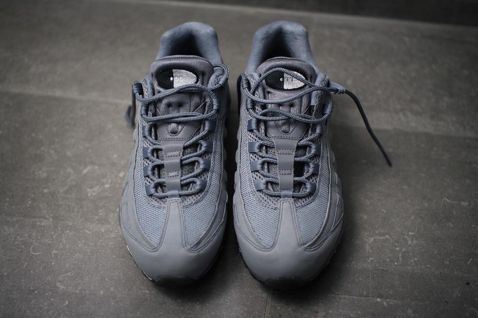 grey-air-max-95