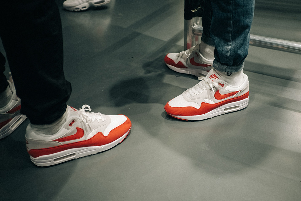 air-max-1-og-red-on-feet